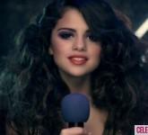 selena-gomez-love-you-like-a-love-song-400x300-jpg-love-you-like-a-love-song-23425342-400-300