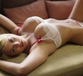 dreams-mirror_f7f84614