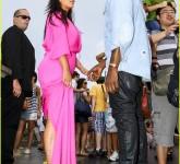 pregnant-kim-kardashian-kanye-west-rio-sightseeing-couple-169670057392013-05-17-08-57[www.urlag.mn]