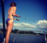 05-girls_fishing