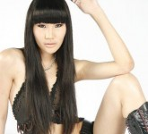 Woman-Red-Rose-Bun-1920x1080