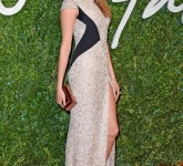 rs_634x1024-141201123352-634.cara-delevingne-british-fashion-awards-120114_1