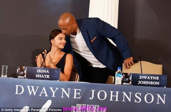 stylish infinity bracelet gold for women-f55834