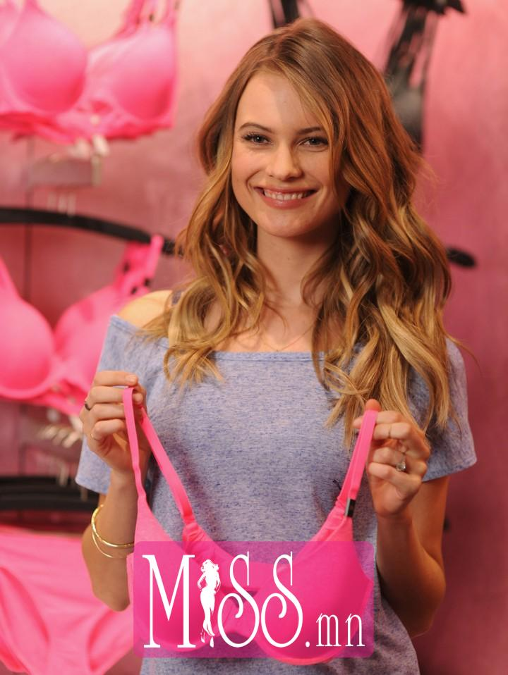 Behati-Prinsloo--Victorias-Secret-T-Shirt-Bra-Launch--07-720x958