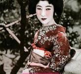 kimono-woman-2