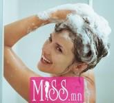 washing-curly-hair