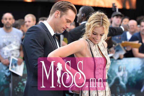 05JAN17-Margot-Robbie-and-Alexander-Skarsgard