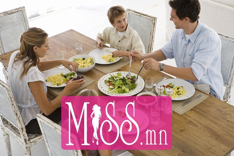 7f2b78_Make-Family-Dinner-Priority_x974